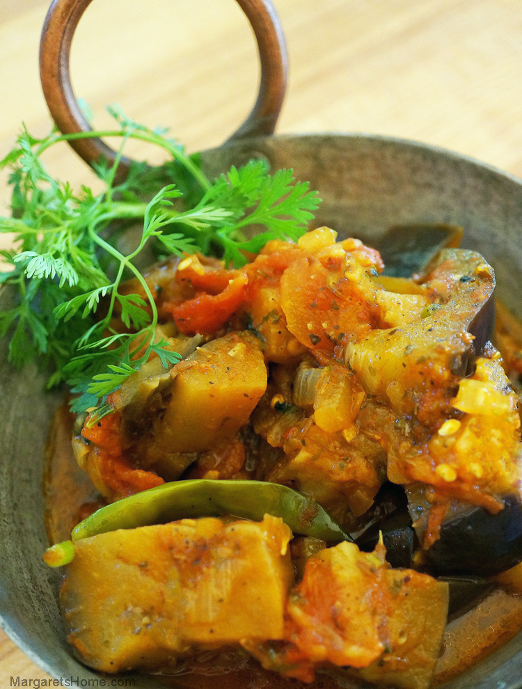 Eggplant and Tomato Curry1